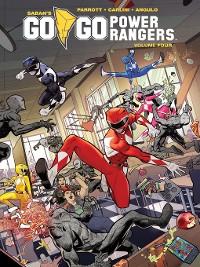 Cover Saban's Go Go Power Rangers, Volume 4