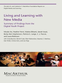 Cover Living and Learning with New Media
