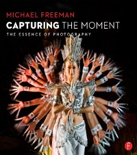 Cover Capturing The Moment