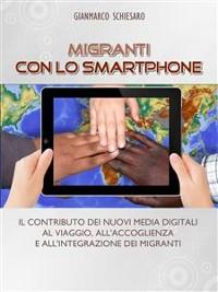 Cover Migranti con lo smartphone