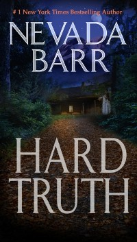 Cover Hard Truth (Anna Pigeon Mysteries, Book 13)